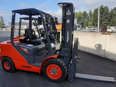 "Diesel forklift D3500 delivery to the company ""GRAANUL INVEST"""
